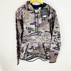 Under Armour NWT Storm Camo Hoodie Sweatshirt
